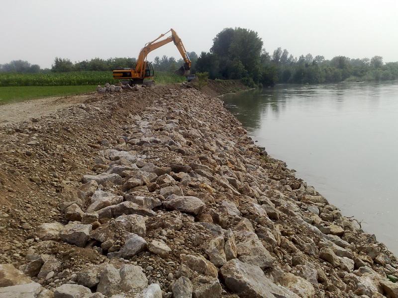 Pet miliona za korita Jelašničke i Velepoljske reke