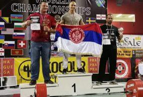 Ponovo najbolji: Dve medalje i svetski rekord Milana Grozdanovića na SP u Češkoj