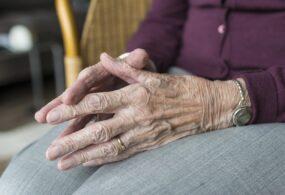 Podizanje penzija uz posebna ovlašćenja, kao i putem dostave